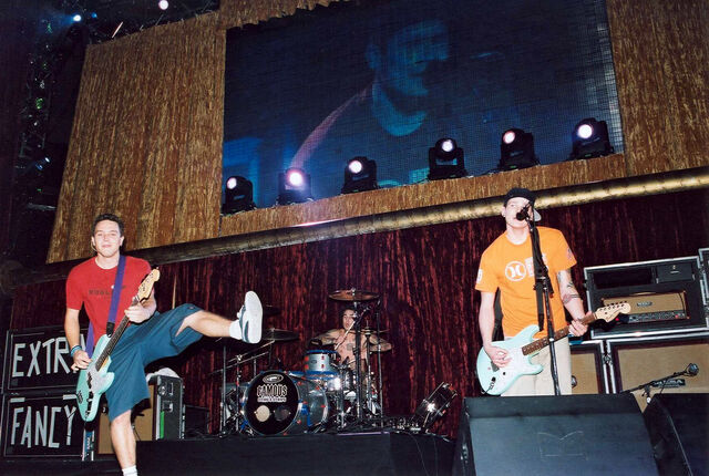 File:KROQ Almost Acoustic Christmas 1999.jpg