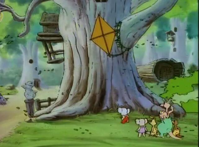 File:Blinky Bill House of Guest kite on tree.jpg