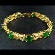 File:Emerald (Bracelet).jpg