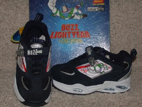 File:Shoes1.jpg