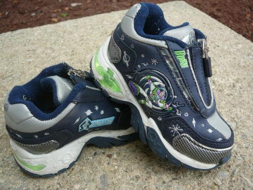 File:Shoes2.JPG