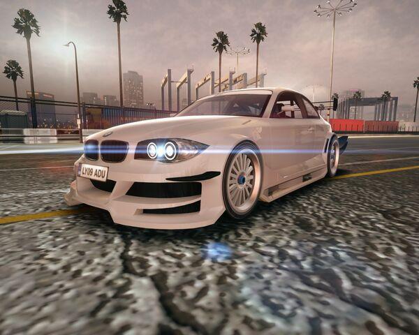 File:BMW Concept 1 Series tii (Race).jpg