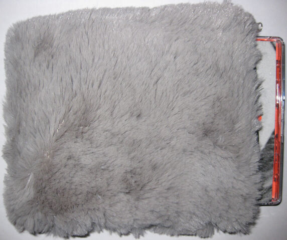 File:Bmsr eatingus hairy silver.jpg