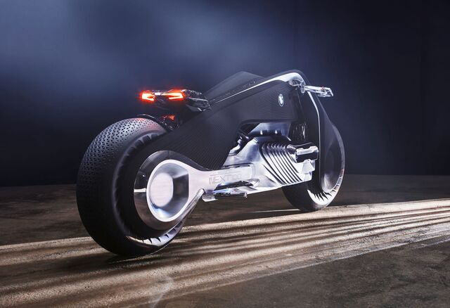 File:BMW Motorrad Vision Next 100-13.jpg