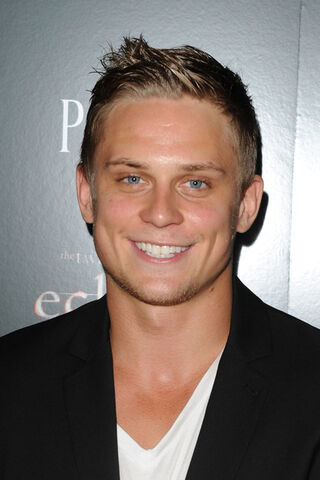 File:Billy Magnussen.jpg