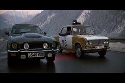 Aston Martin V8 Vantage.JPG