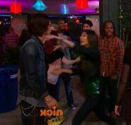Jade gets crushed bori hug13