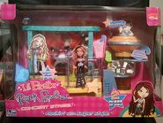 Lil' Bratz Rock Starz Concert Stage with Rinnie