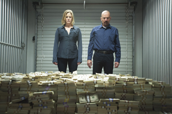 File:Breakingbad skylerwaltmoney.jpg