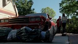 1x02 - Cat's in the Bag... 6