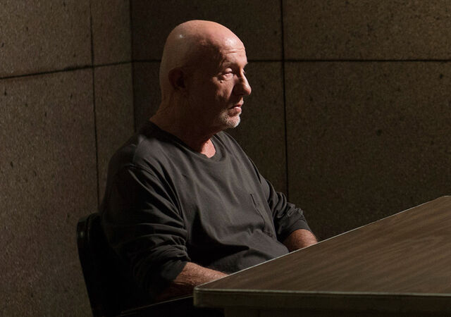 File:Better-call-saul-episode-106-mike-banks-sized-935.jpg