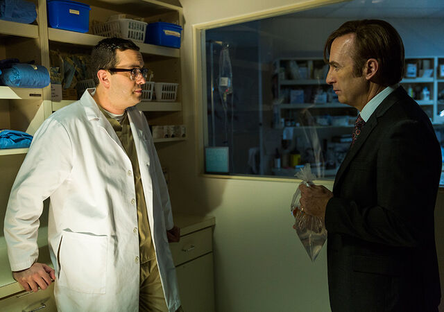 File:Better-call-saul-episode-305-jimmy-odenkirk-5-935.jpg