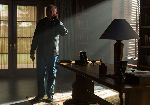 File:Better-call-saul-episode-310-chuck-mckean-935.jpg