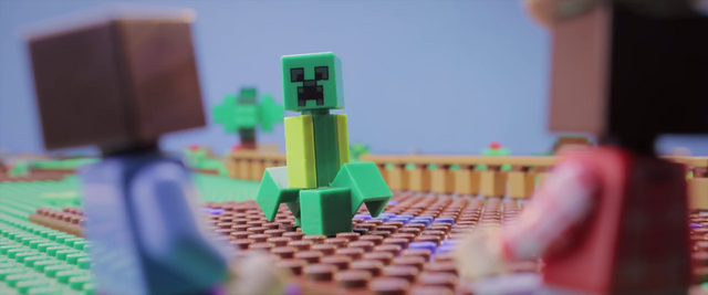 File:MinecraftCreepers2-Frame.png