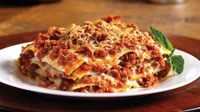 File:Yummy lasagna.jpg