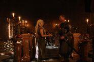 Daenerys-Targaryen-Jorah-Mormont-jorah-and-daenerys-32356037-800-534