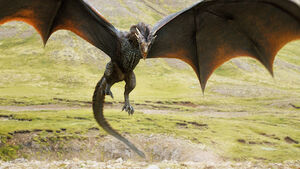Game-of-thrones-season-4-dragon shrunk