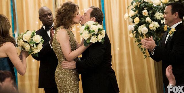 File:Darlene Lynn wedding.jpg