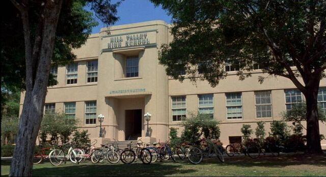 File:Hill valley high school.jpg