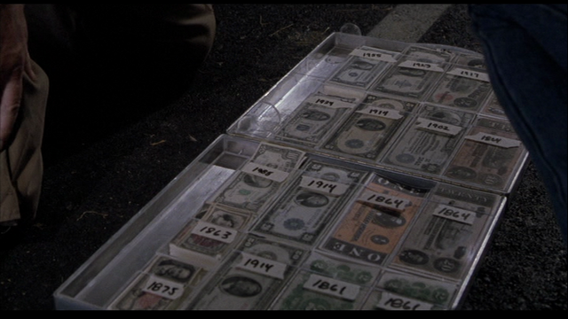 File:Emergency cash suitcase opened.png