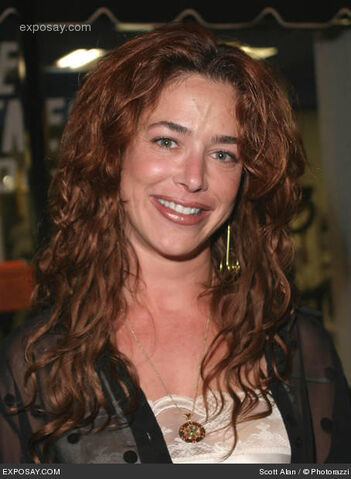 File:Claudia-wells-aura-nightclub-grand-opening-arrivals-0y3e3j.jpg