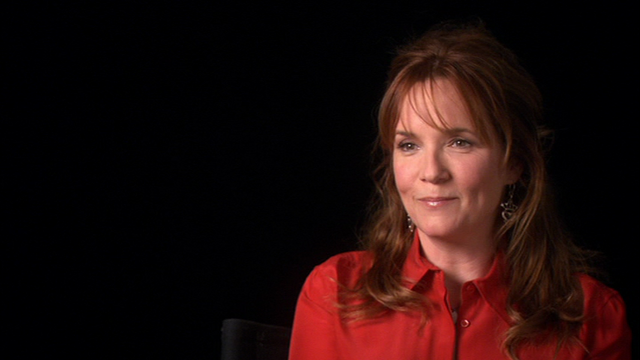 File:Lea Thompson 2010.png