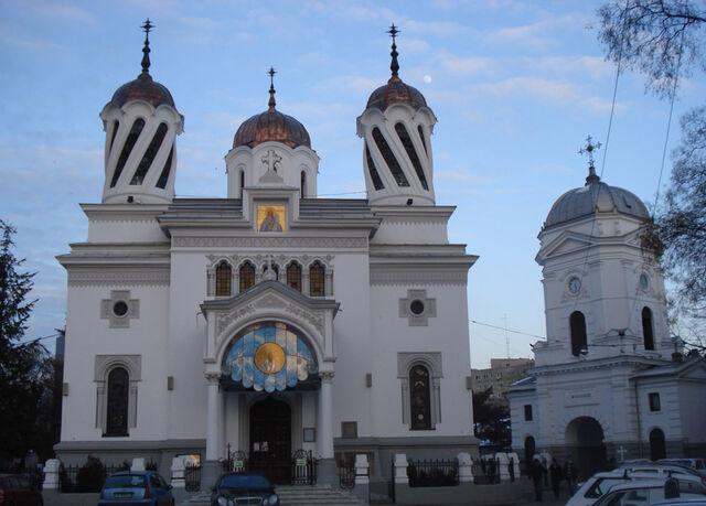 Fișier:Biserica Sfantul Silvestru.jpg