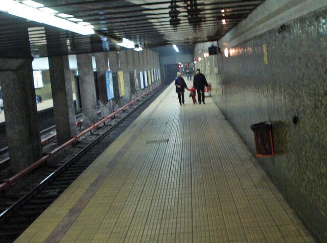 Fișier:Metrou Grazavesti.jpg