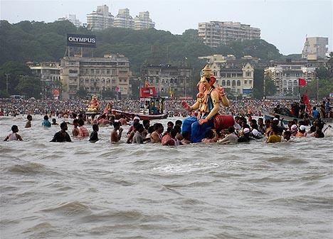 File:20110214-ganesh-chaturthi-mumbai.jpg