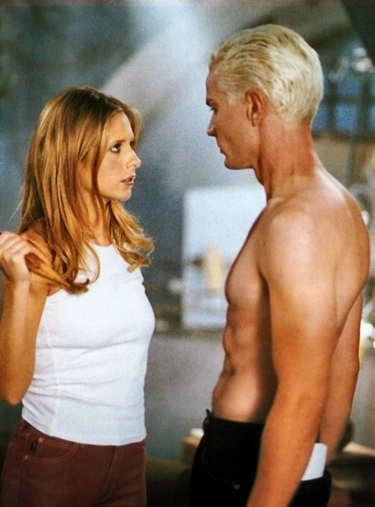 File:Buffy and spike out of my mind still.jpg