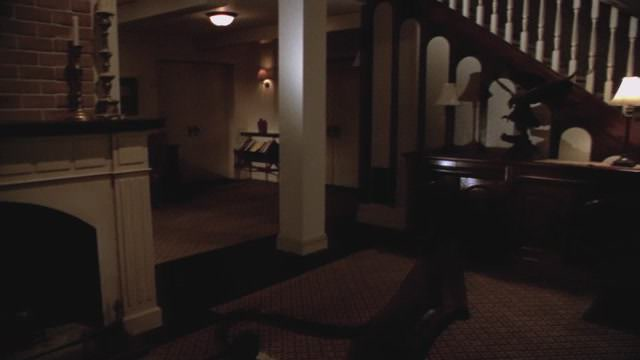 File:WTWTA Lowell House Inside (2).JPG