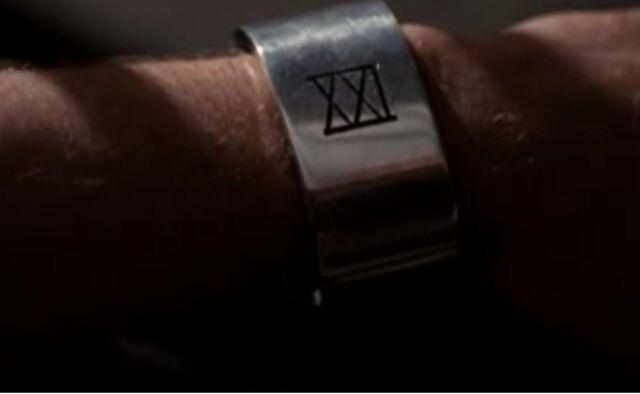 File:Bracelet.jpg