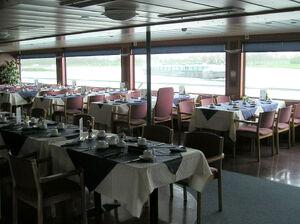 Henri dunant 3 restaurant.jpg