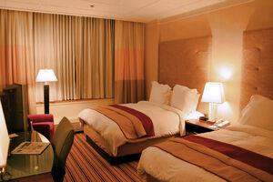 Hotel-room-renaissance-columbus-ohio.jpg