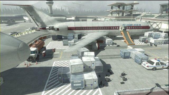 File:Plane Terminal MW3.jpg