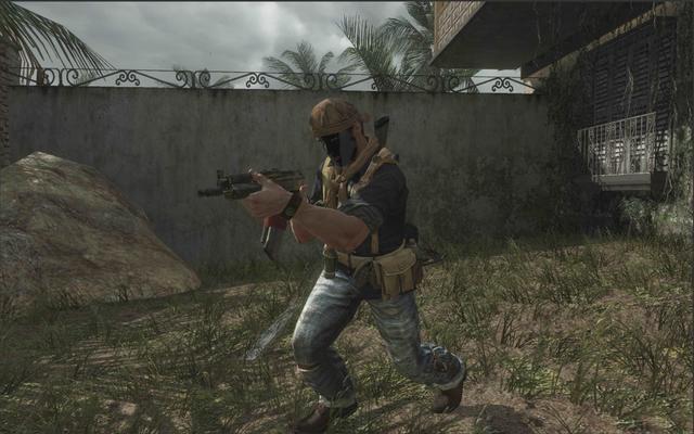 File:AdvancedRookie Villa soldier aiming AK74u.png