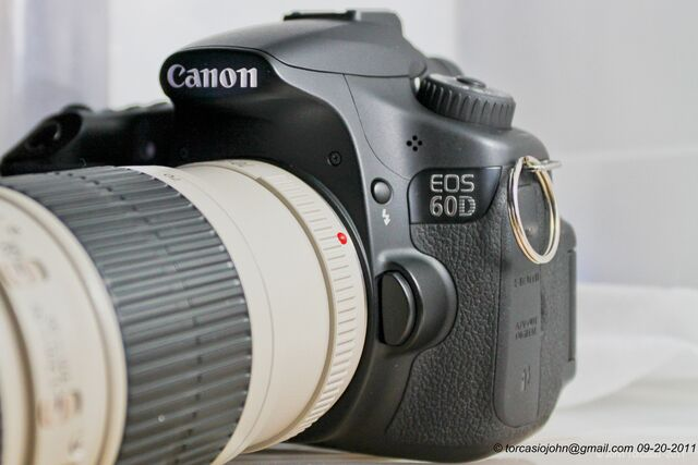 File:Canon 60D.jpg