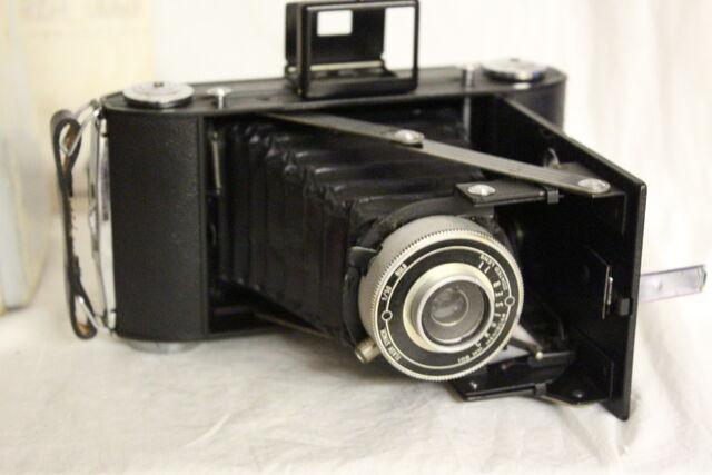 File:Cameras 048.jpg