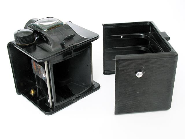 File:Unibox Unibox00 2.jpg