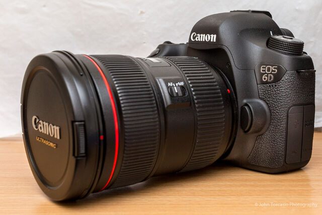 File:Canon EOS 6D.jpeg