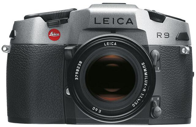 File:LeicaR9 4cut.jpg