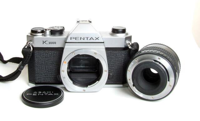File:Pentax K1000 07.jpg