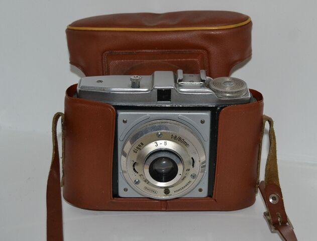 File:Vanha kamera 2.jpg