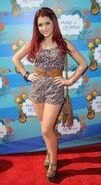 Ariana14