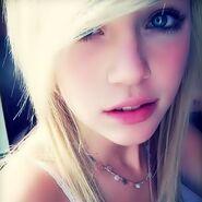 Zoe Kimball 11