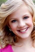 Dancers-brooke-and-paige-hyland-31310887-184-274-1
