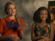 Willow shields amandla stenberg hunger games IV 400x300