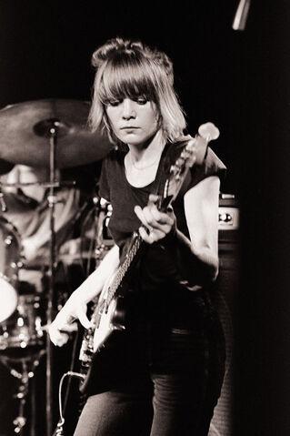 File:Tina Weymouth 1978 August.jpg