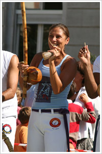 Contra-Mestre Ursula - Canto de Capoeira Paris