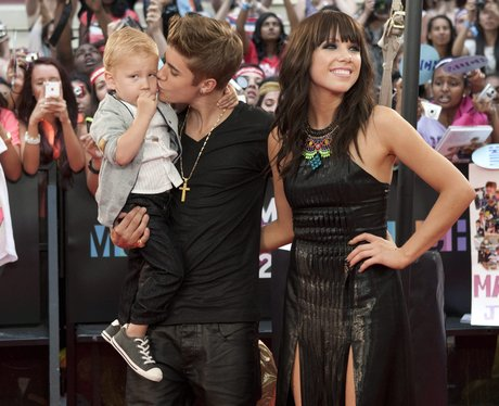 File:Justin-bieber-and-carly-rae-jepsen-much-music-awards-2012--1340012470-view-0.jpg